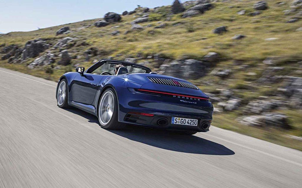 Novo Porsche 911 Cabriolet - boat shopping (3)