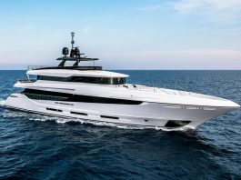 Trideck namaste oceano 42 mangusta - boat shopping
