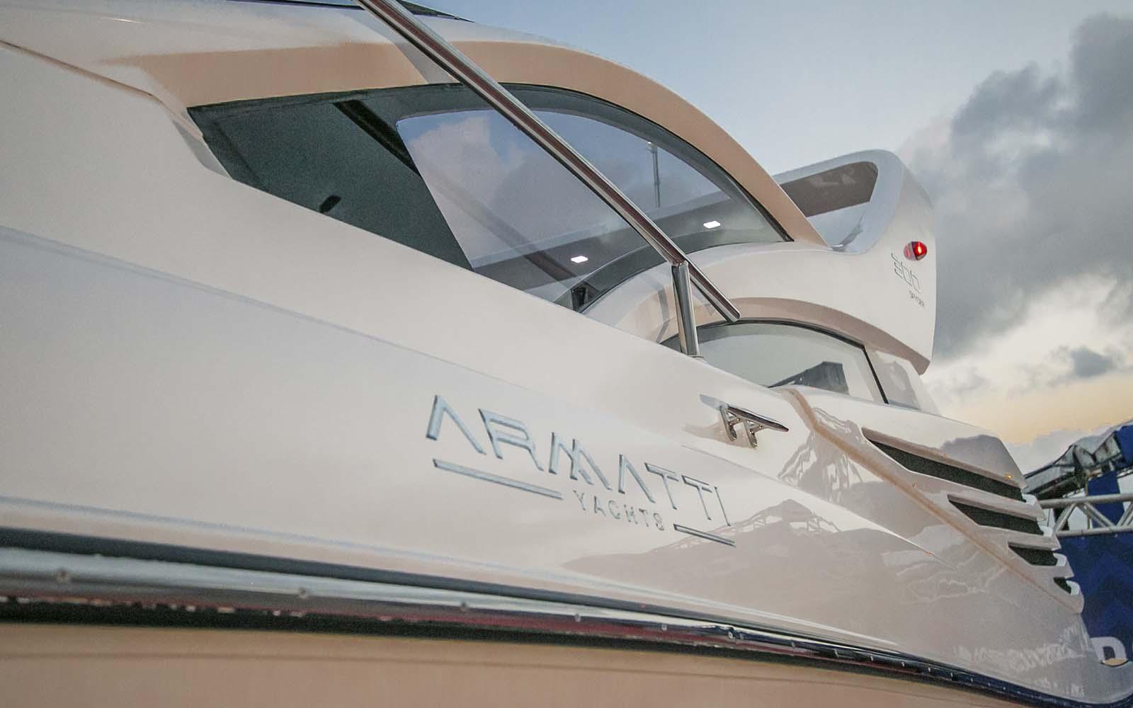 Armatti 300 Spyder - boat shopping