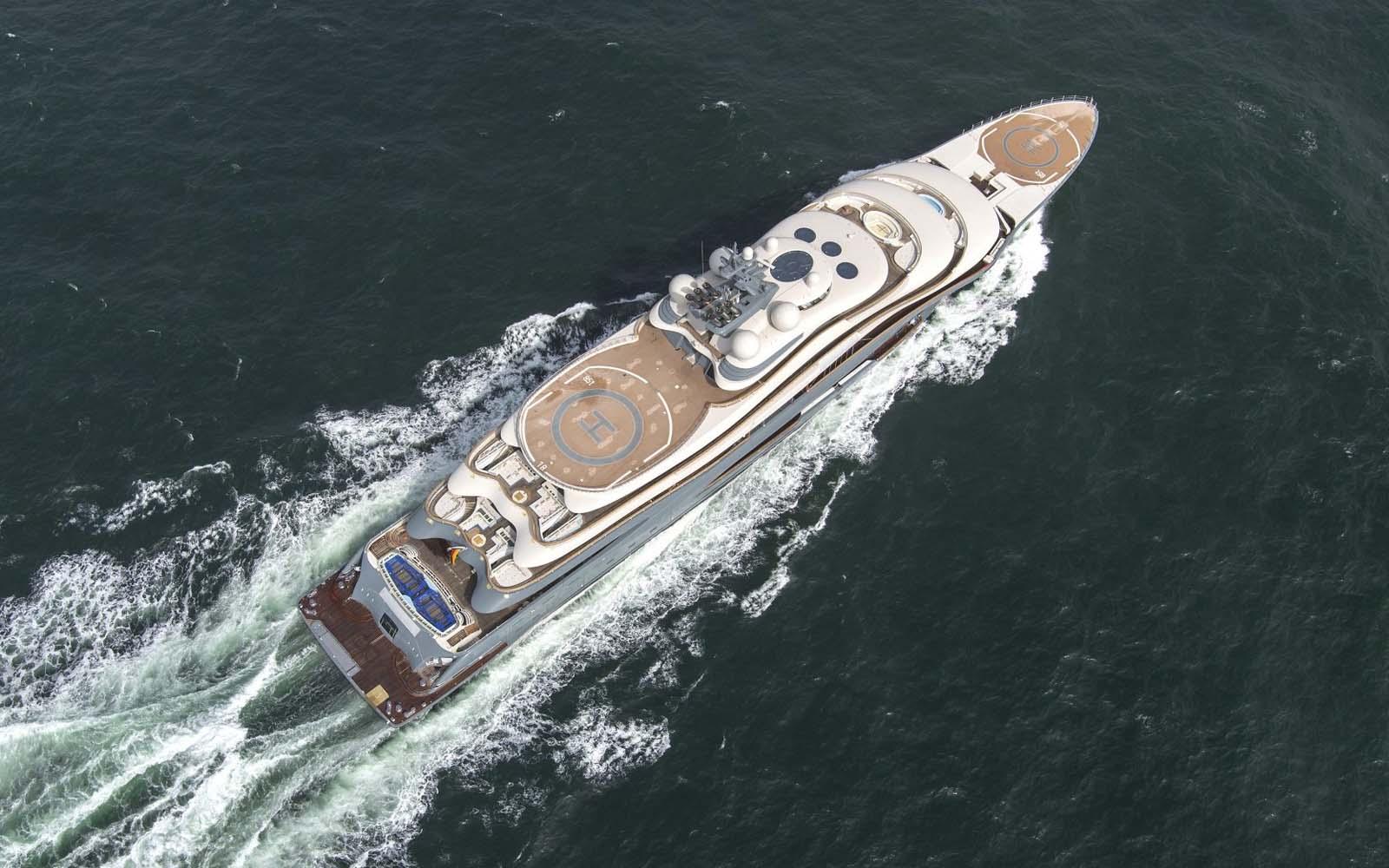 Lurssen entrega um superiate Flying Fox de 136 metros-boatshopping