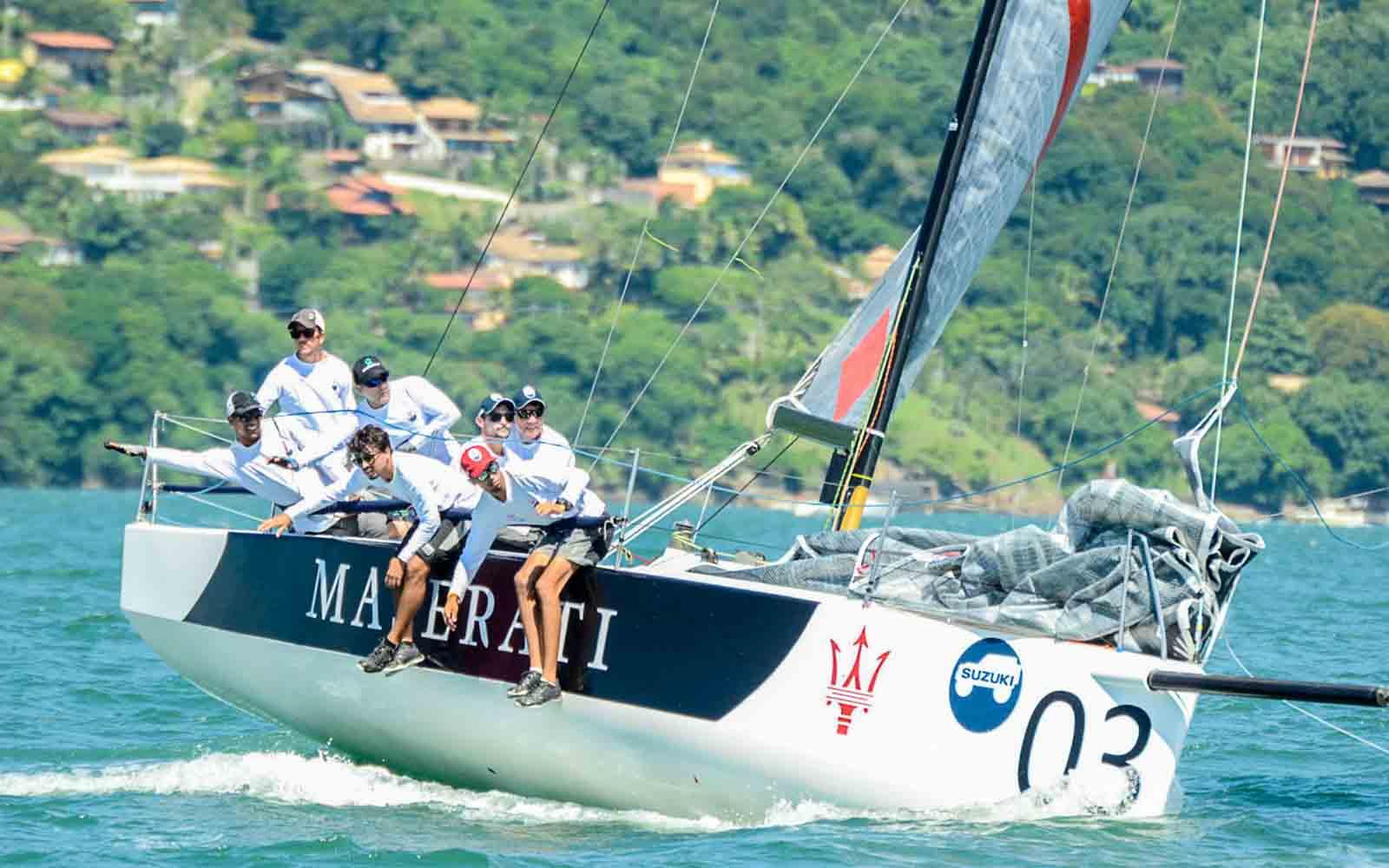 equipe maseratti etapa em ilhabela c30 - boat shopping