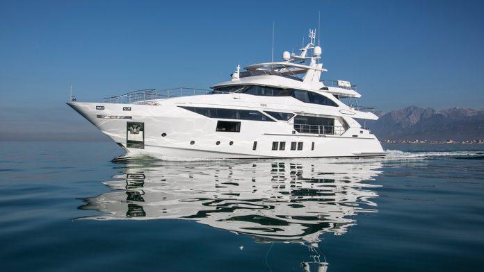 benetti entrega dois yachts - boat shopping