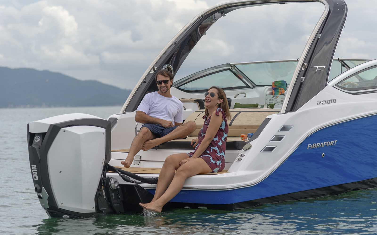focker 242 outboard motor de popa - boat shopping 3