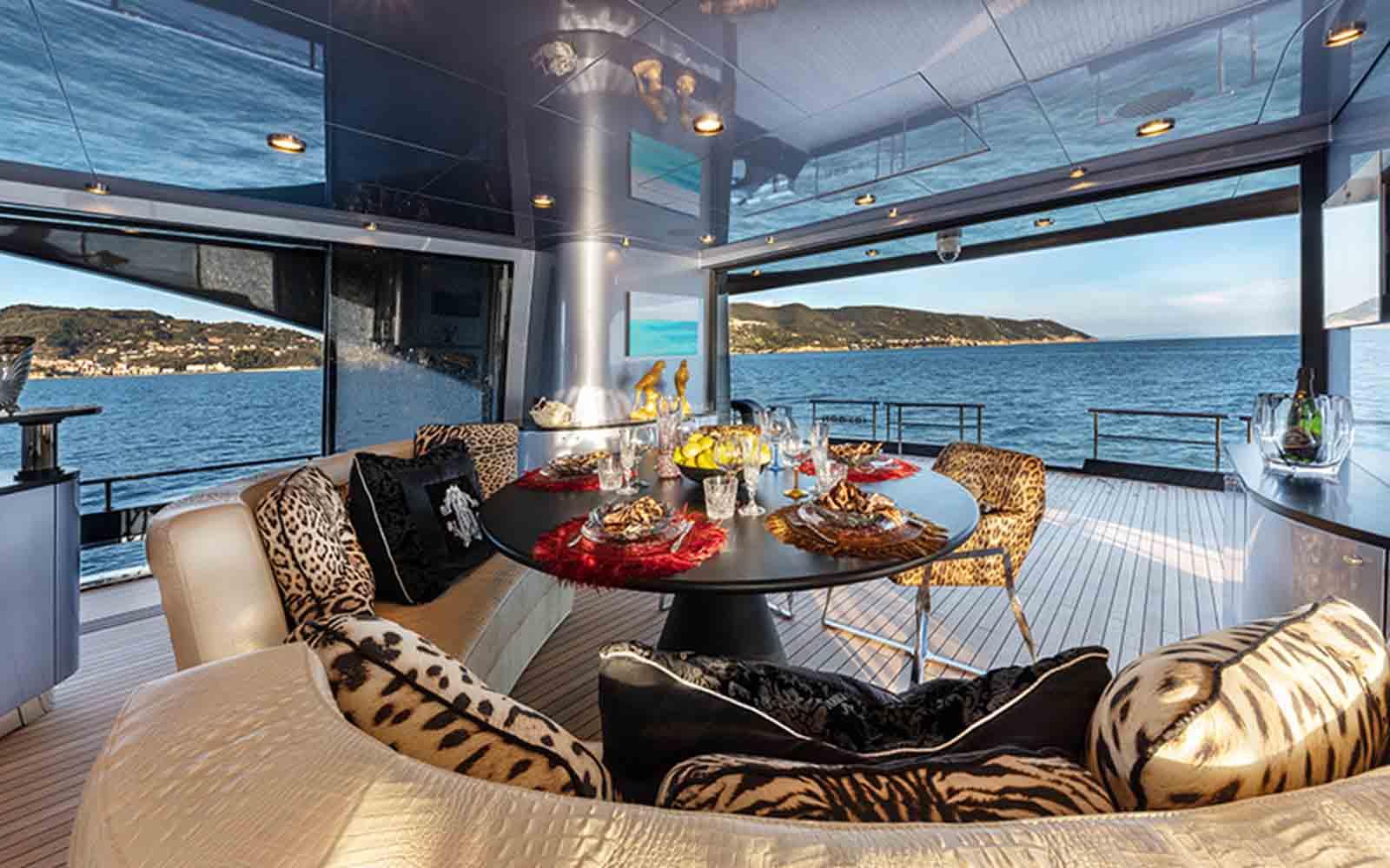 iate freedom ccn roberto cavalli - boat shopping