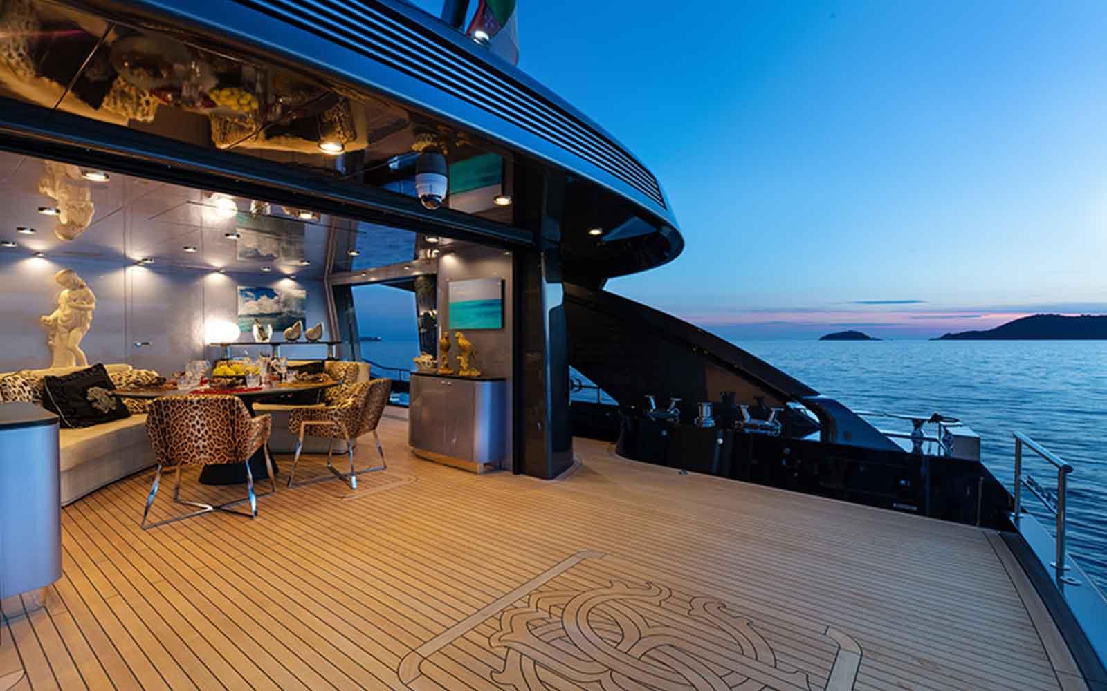 iate freedom ccn roberto cavalli - boat shopping 13