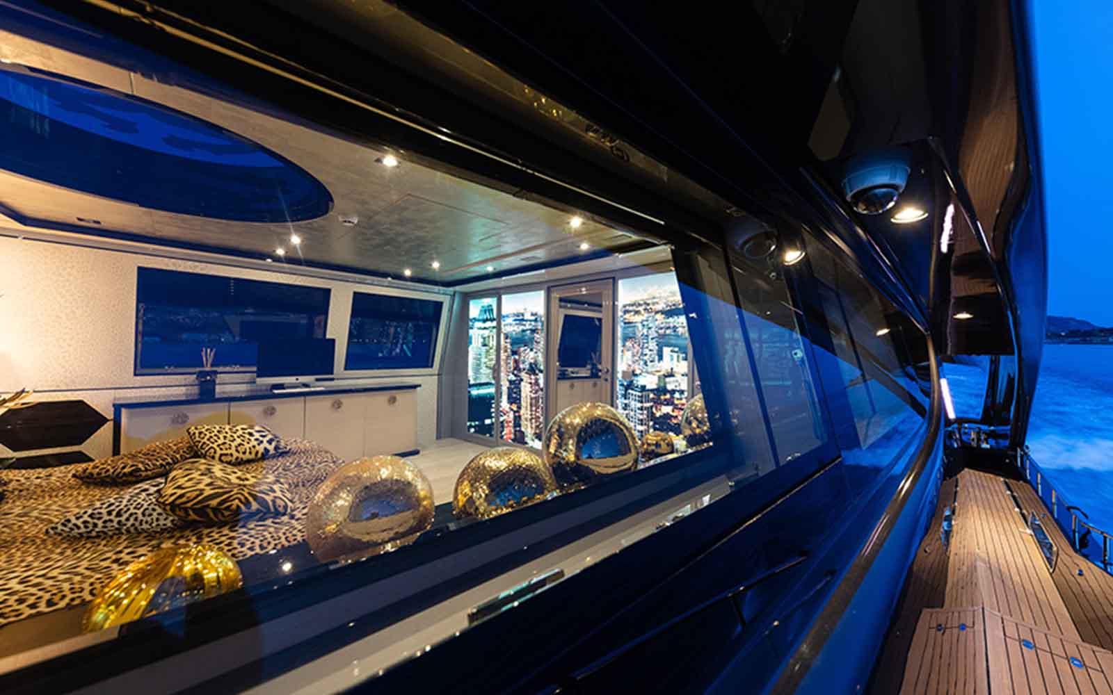 iate freedom ccn roberto cavalli - boat shopping 23
