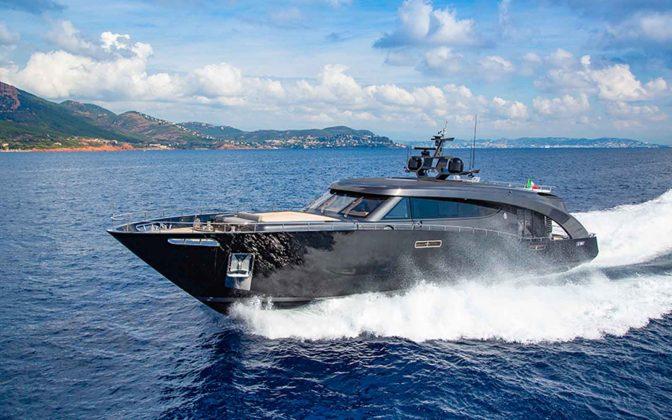 iate freedom ccn roberto cavalli - boat shopping 20