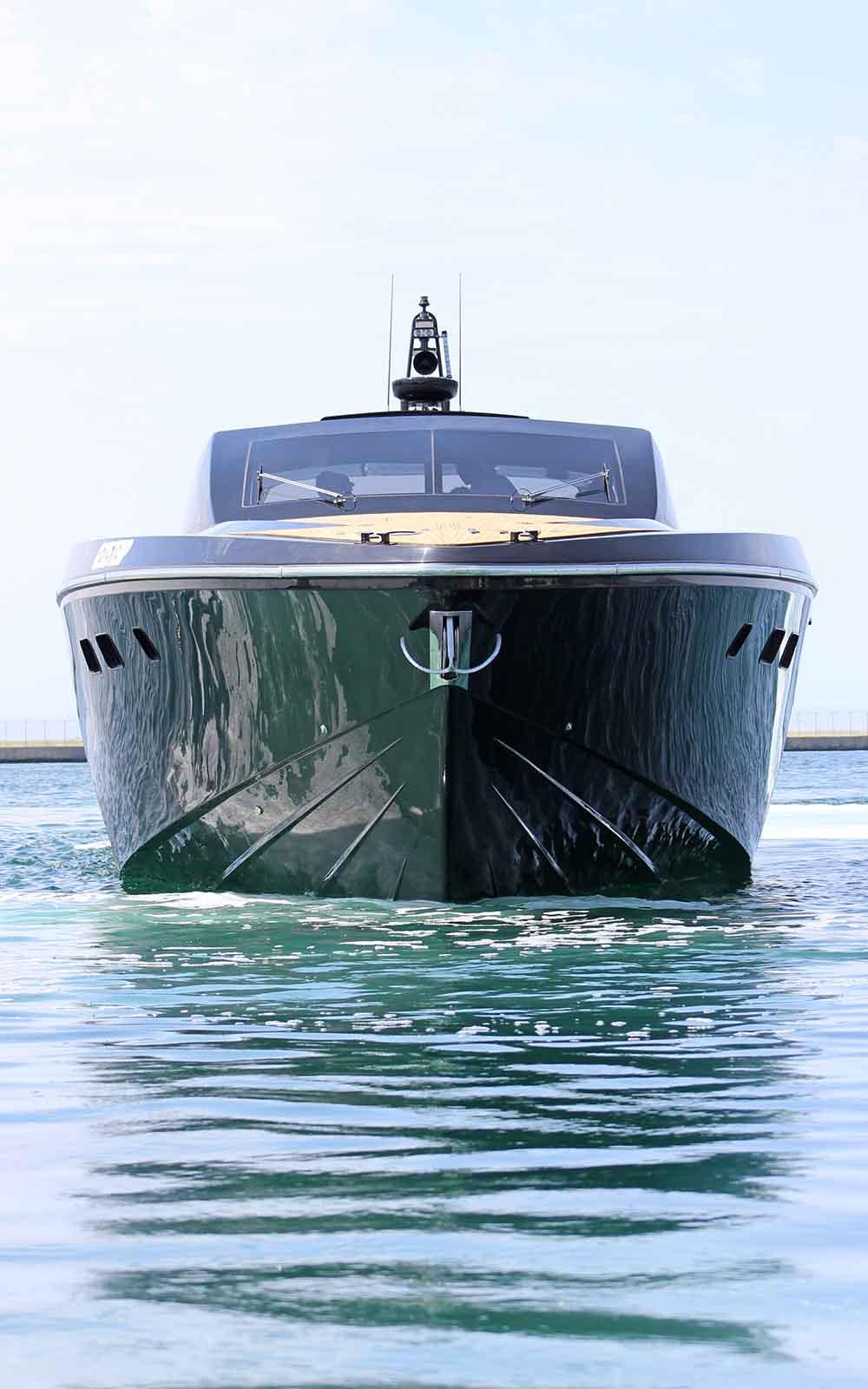 otam 85 gts - boat shopping 7