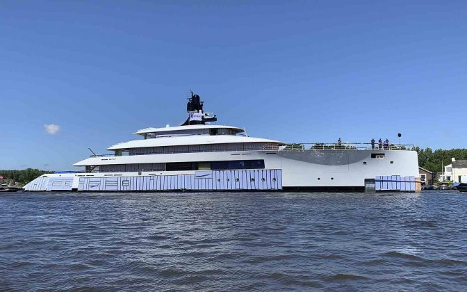 project 818 feadship - boat shopping 5