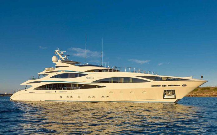 superiate africa benetti cristiano ronaldo - boat shopping 2