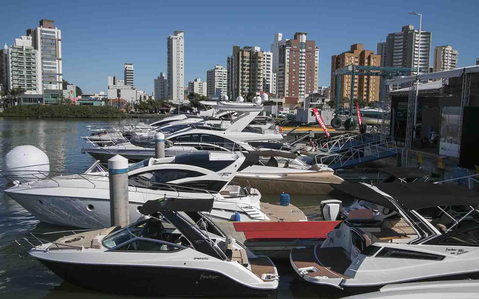 Salão Náutico Marina Itajaí - boat shopping 4