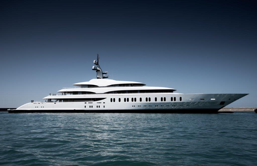 benetti entrega gigaiate de 108 metros - boat shopping