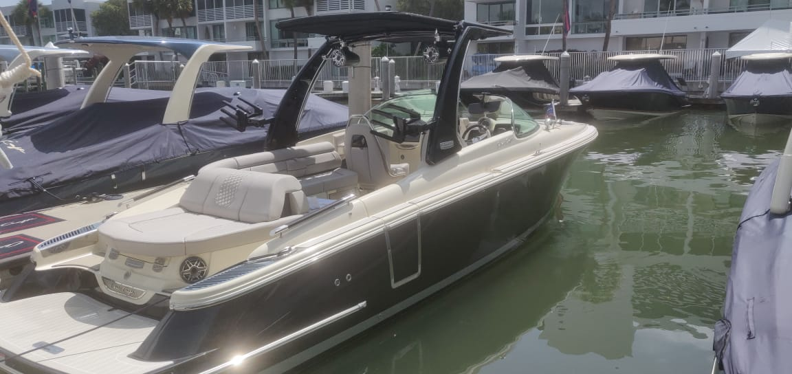chris-craft launch 28 gt - boat shopping