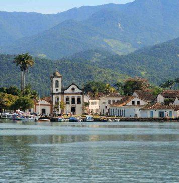 paraty e ilha grande patrimonio unesco - boat shopping