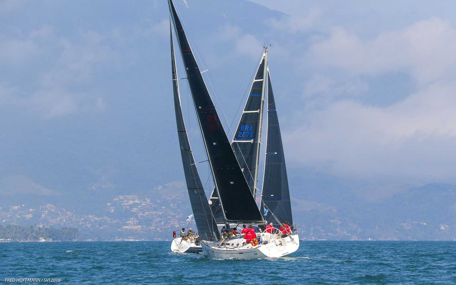 san chico 3 Semana Internacional de Vela de Ilhabela - boat shopping