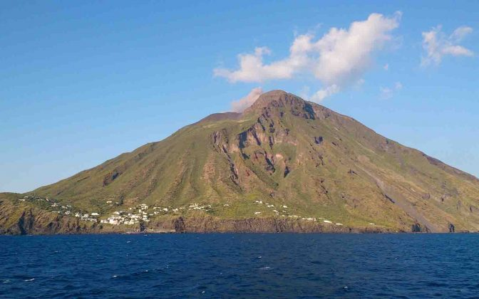 Charter Ilhas Eólias - boat shopping destinos