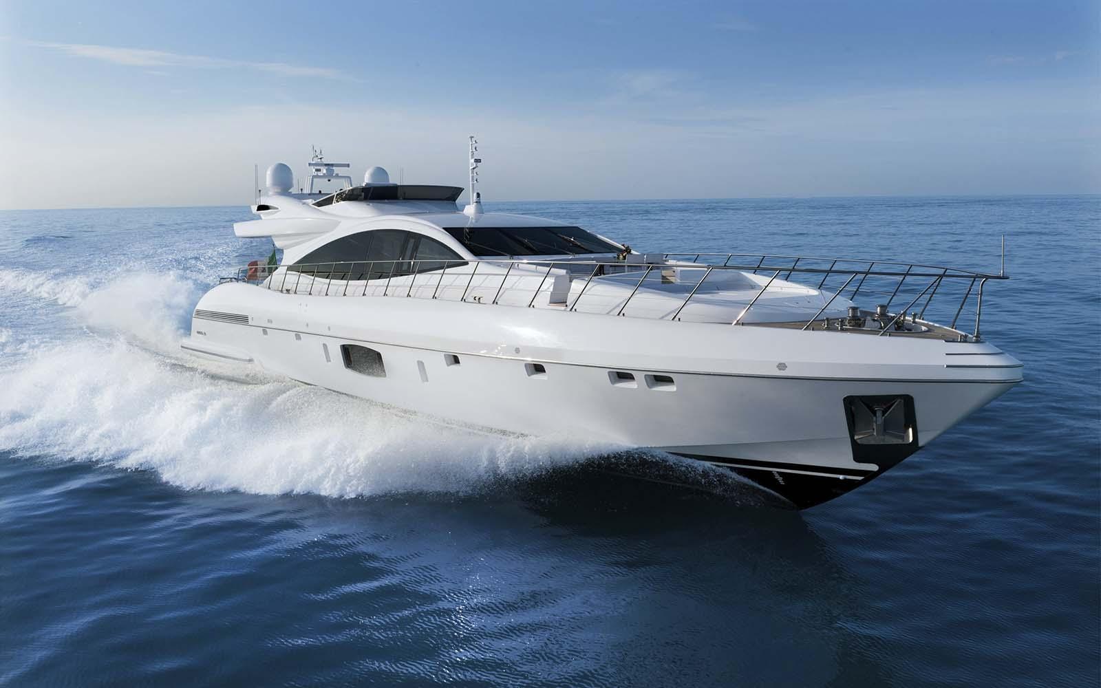 Mangusta 110 - boat shopping