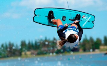 Mariana-Nep-wakeboard - boat shopping