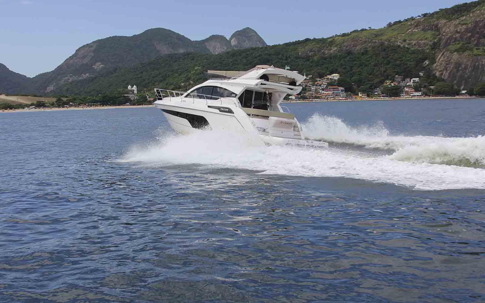 boat teste triton 460 fly - boat shopping
