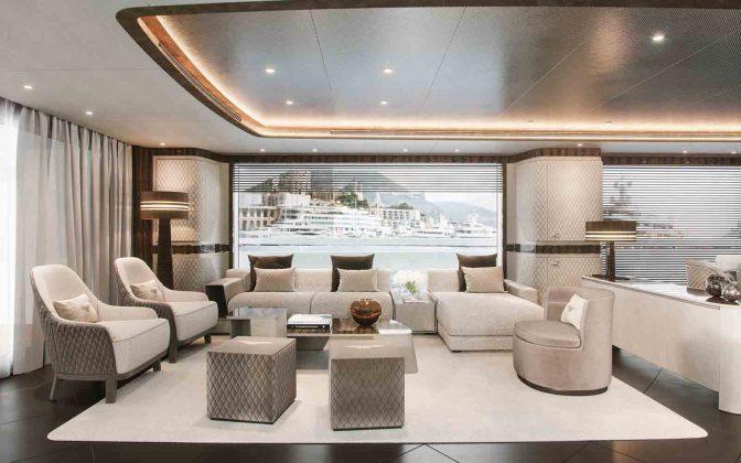 dynamiq g300 iate explorer - boat shopping