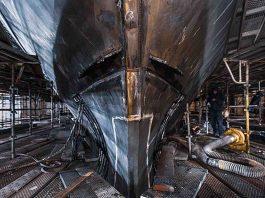 maior superiate explorer do mundo REV - boat shopping 5