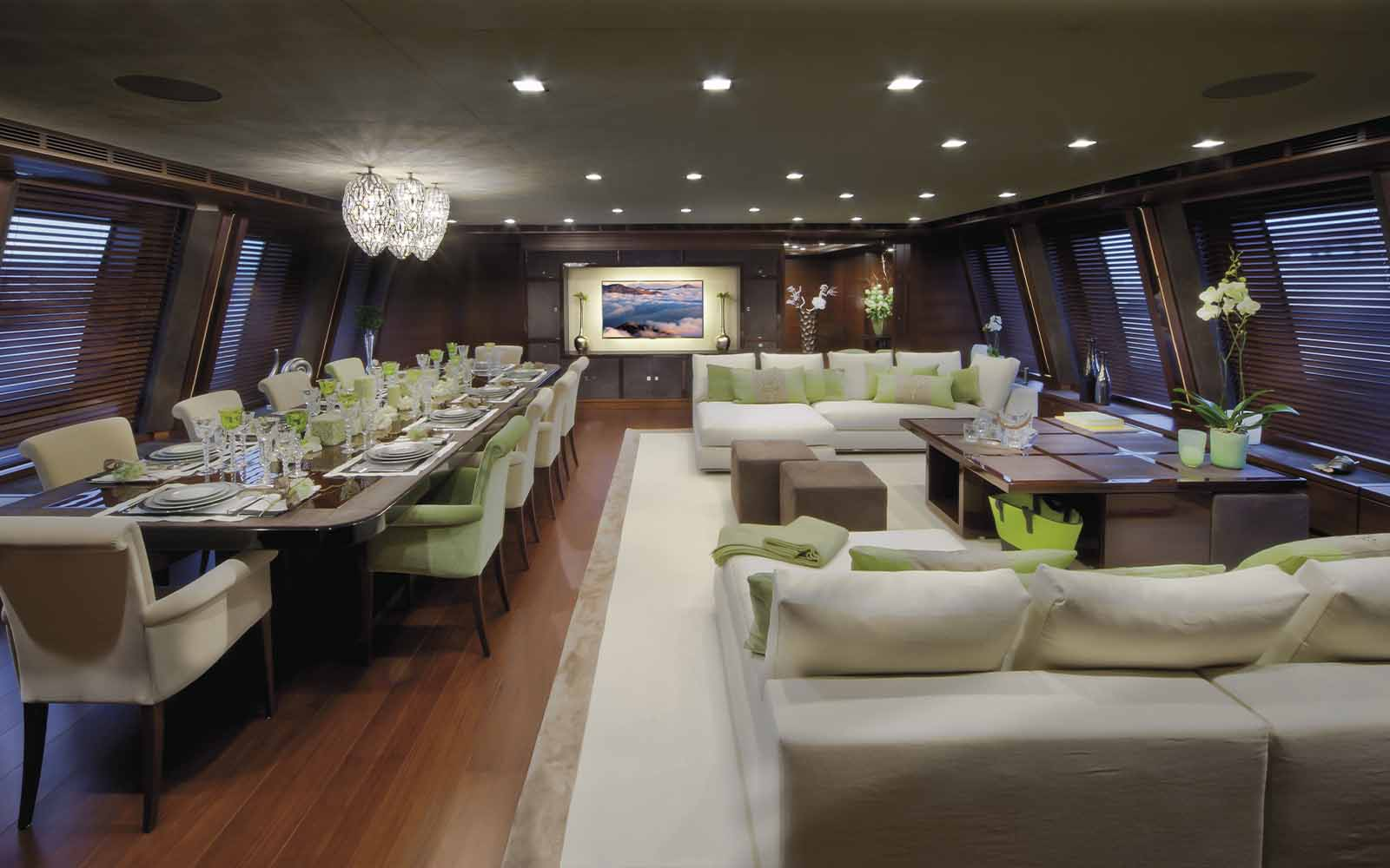 superiate crn yacht - boat shopping