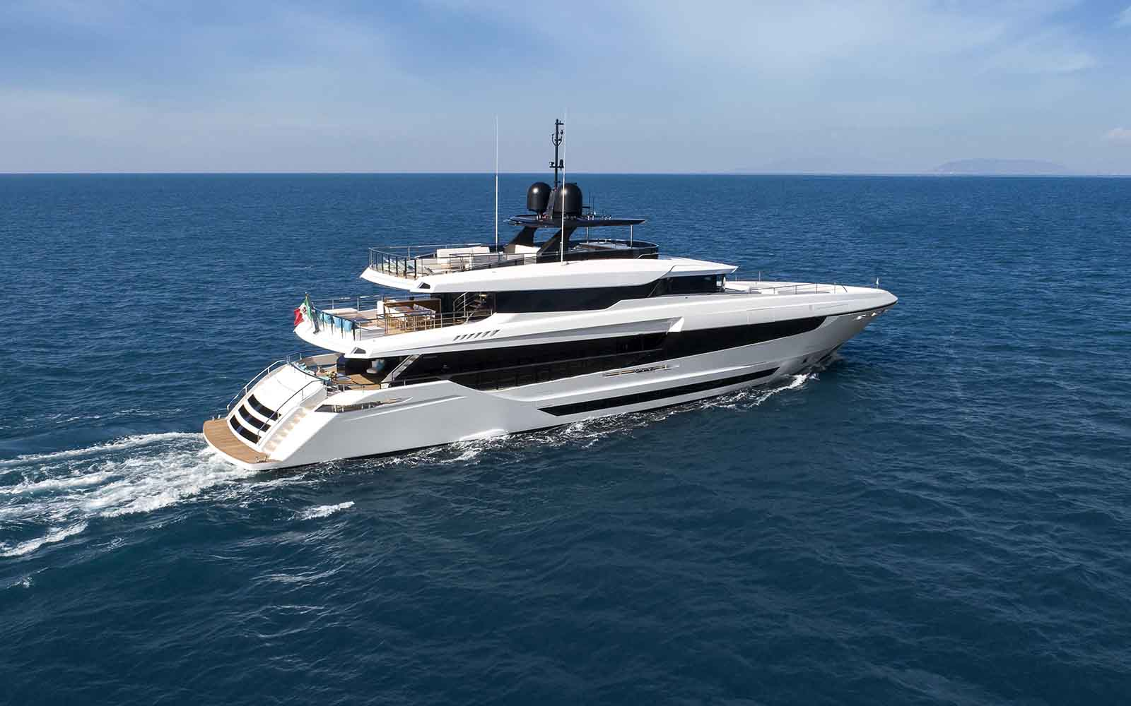 Mangusta Oceano 43 - boat shopping