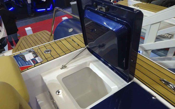 flex 1100 cabin - boat shopping
