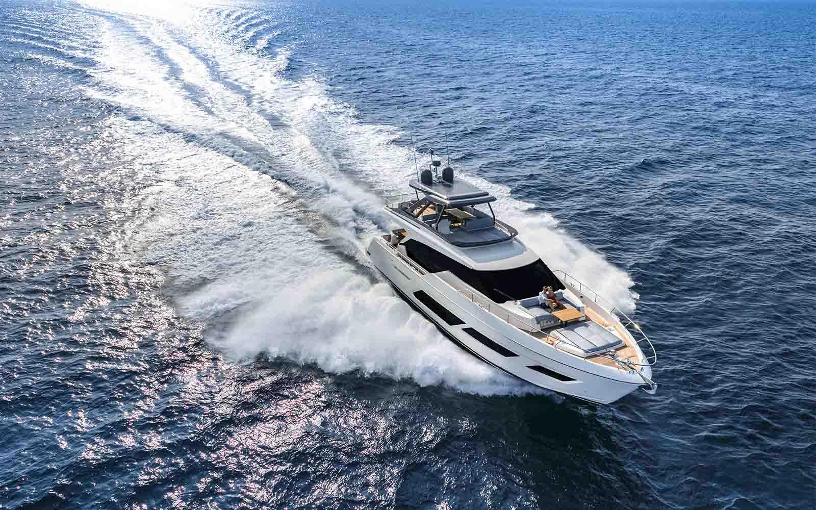 Ferretti Yachts 720 - boat shopping