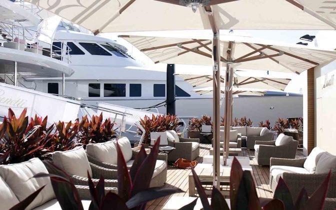 flibs 2019 superyacht - boat shopping