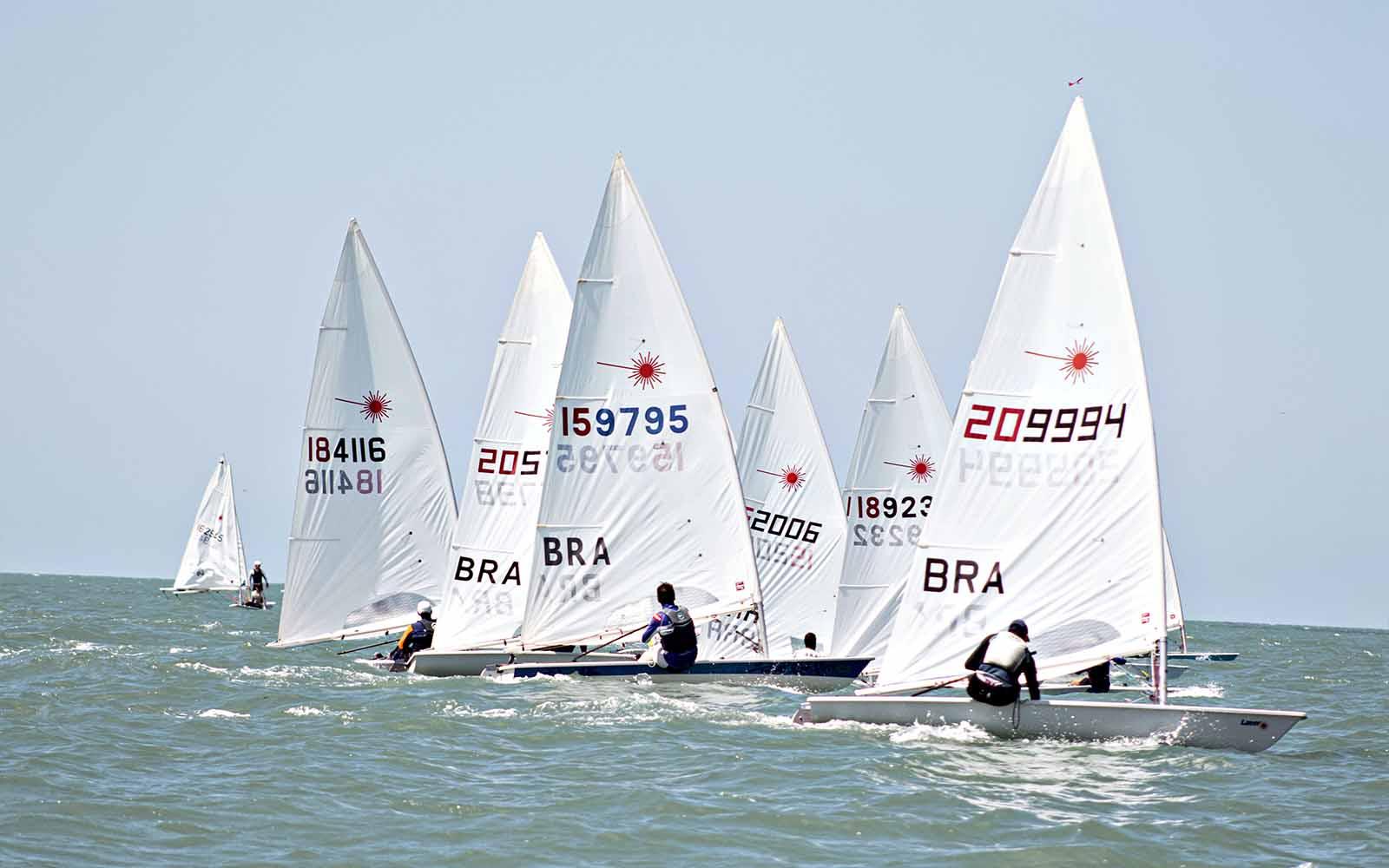 41º Campeonato Sul-Brasileiro de Laser - boat shopping 3
