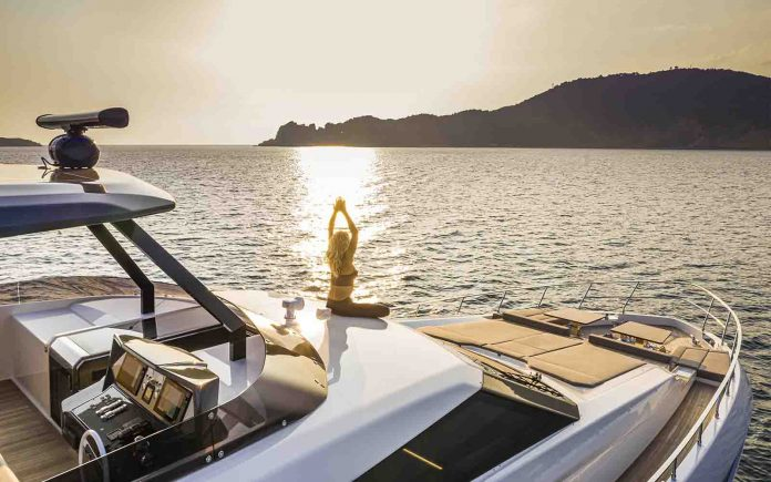 Ferretti Yachts 920 Pure - boat shopping