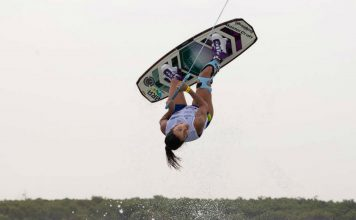 mariana nep mundial de wakeboard - boat shopping