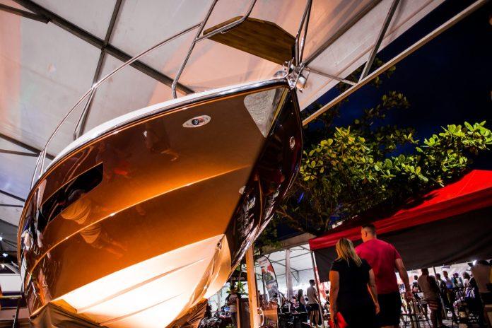 Acobar triton no riviera boat week - boat shopping