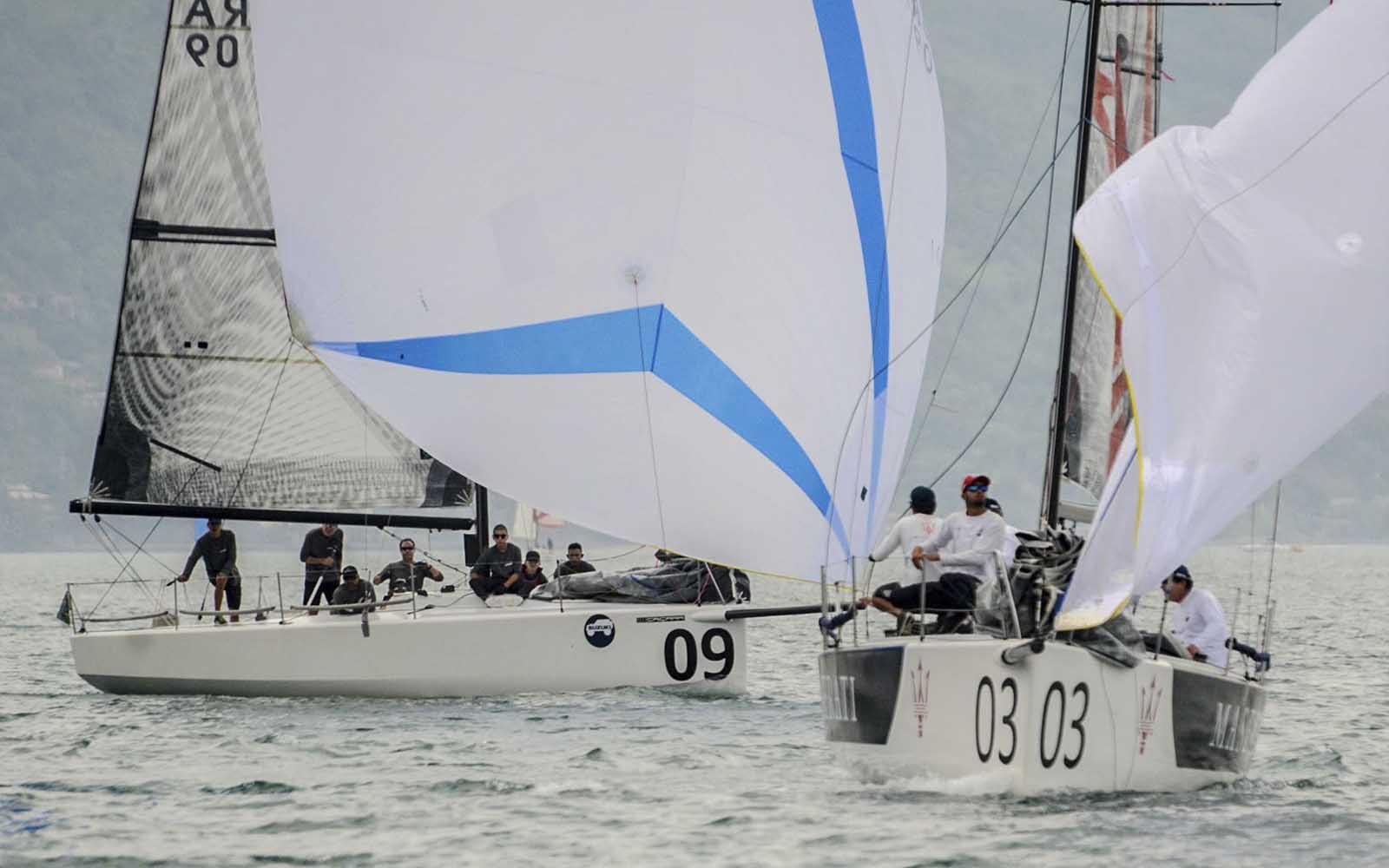 Kaikias e o vice-campeão Caiçara (Aline Bassi Balaio de Ideias) - boat shopping