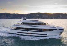 Yacht Extra 93 - boat shopping