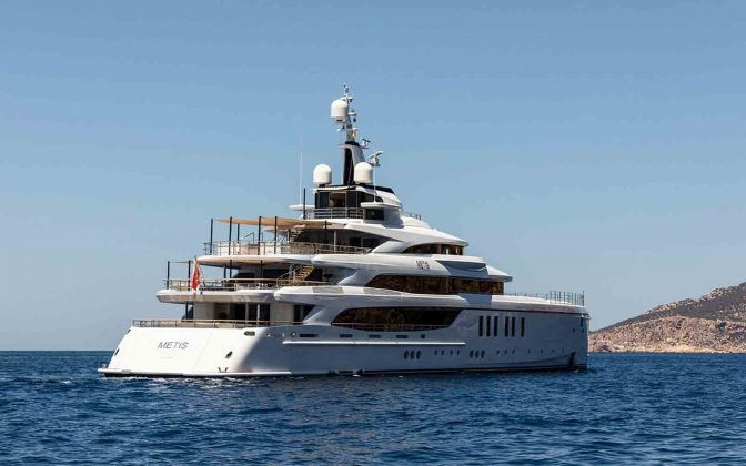 benetti metis superyacht - boat shopping
