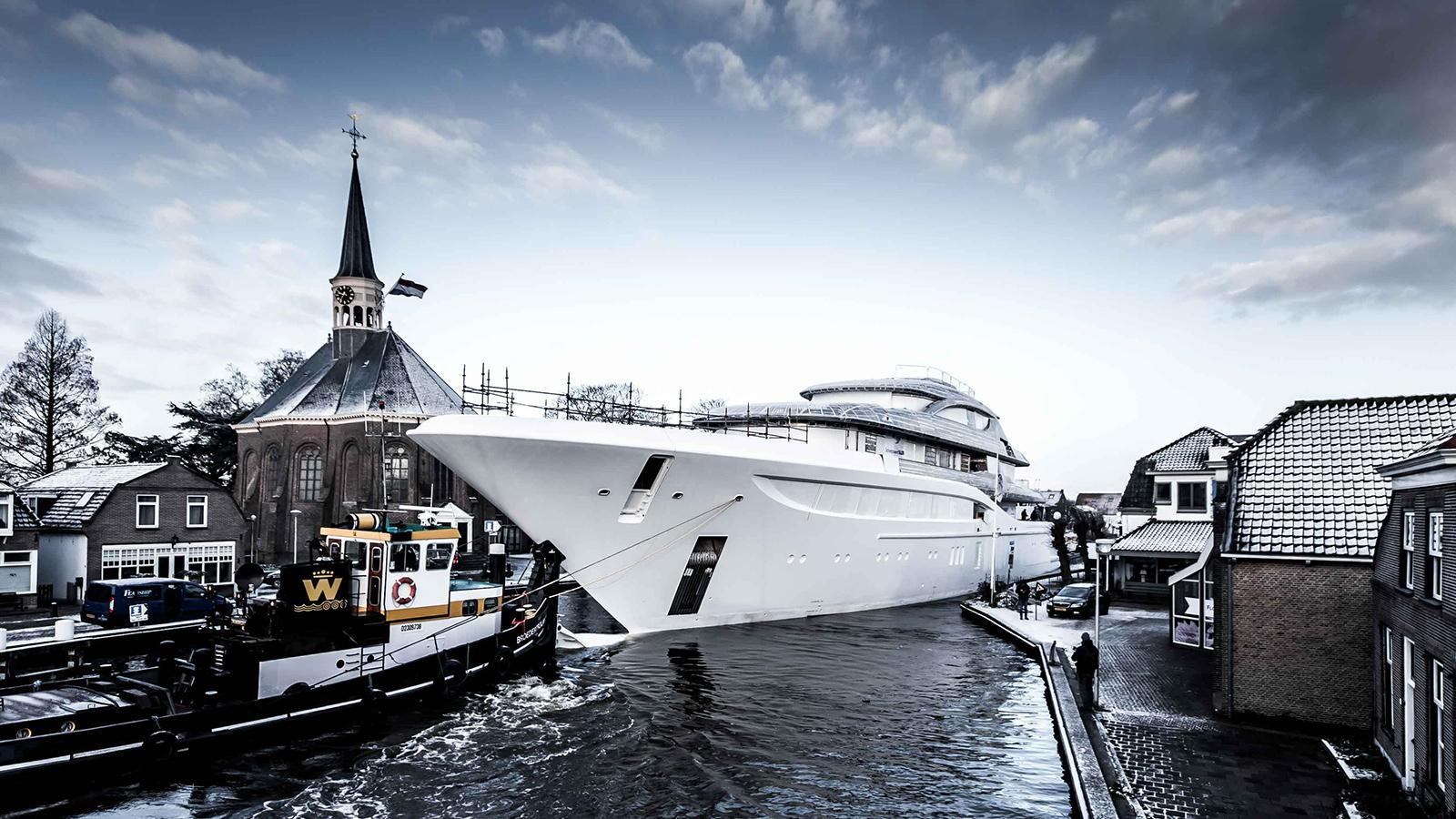Feadship Project 705 - boat shopping