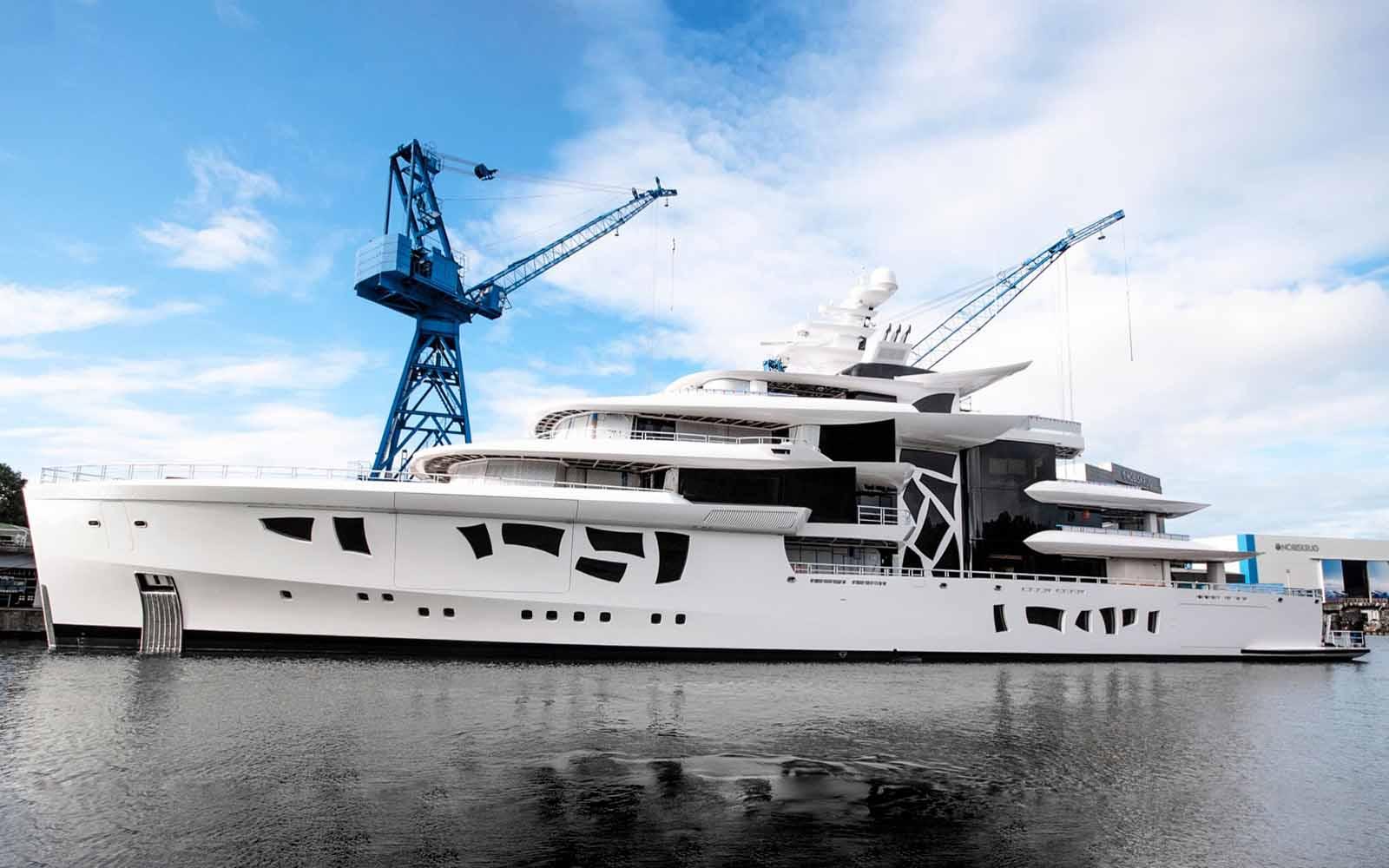 Nobiskrug Superyacht Artefact - boat shopping