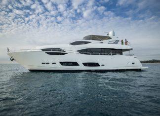 Sunseeker 95 Yacht Maje - boat shopping