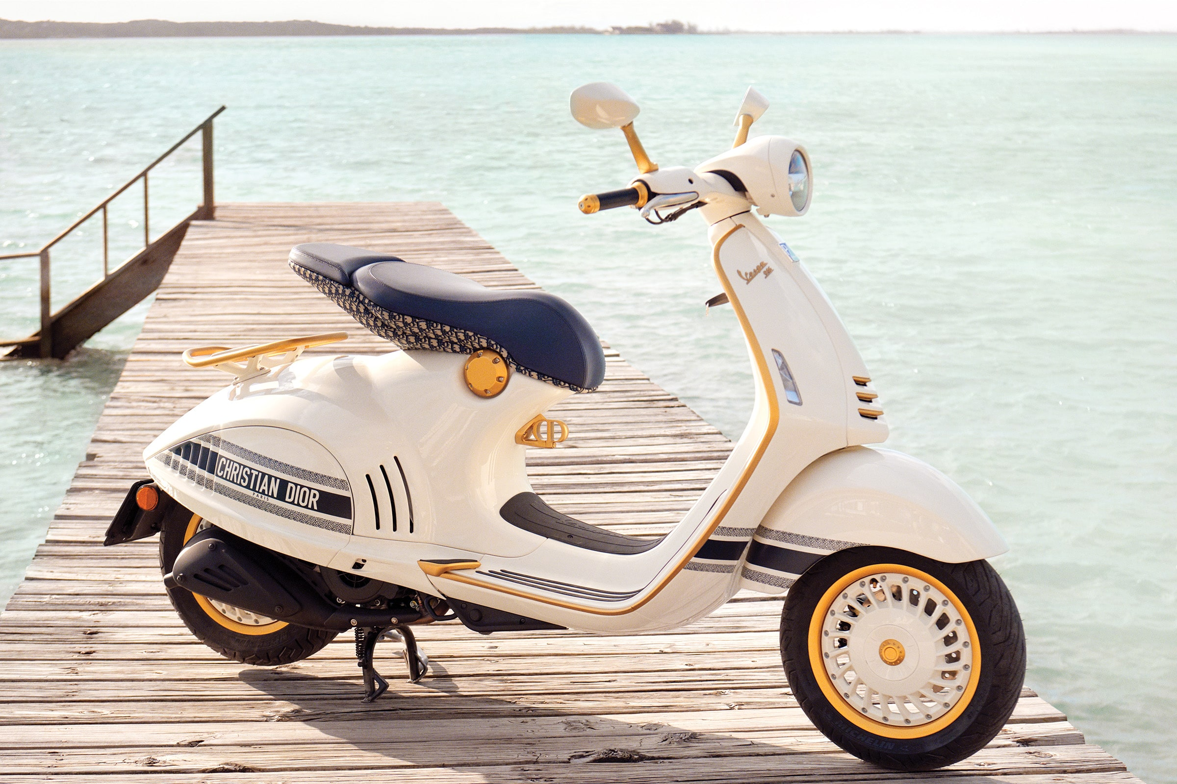 Vespa Dior - boat shopping 1