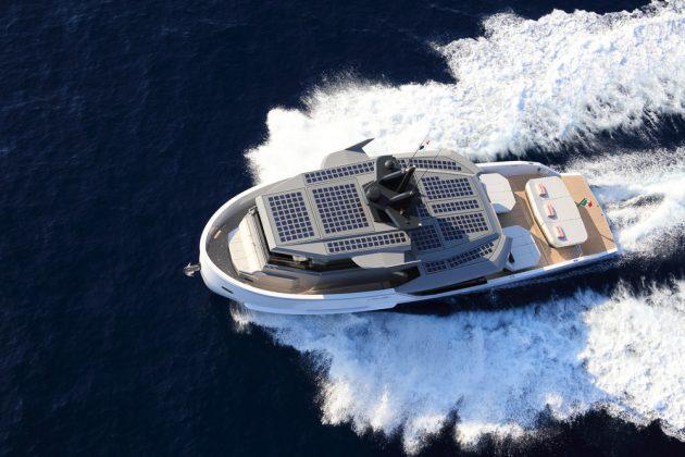 Arcadia Sherpa Sun Lovers - boat shopping