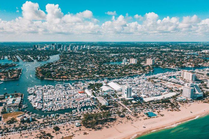 Fort Lauderdale International Boat Show - boat shopping