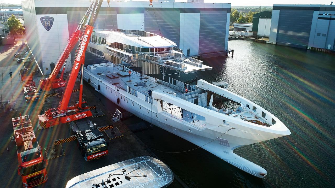 projeto falcon superiate heesen - boat shopping