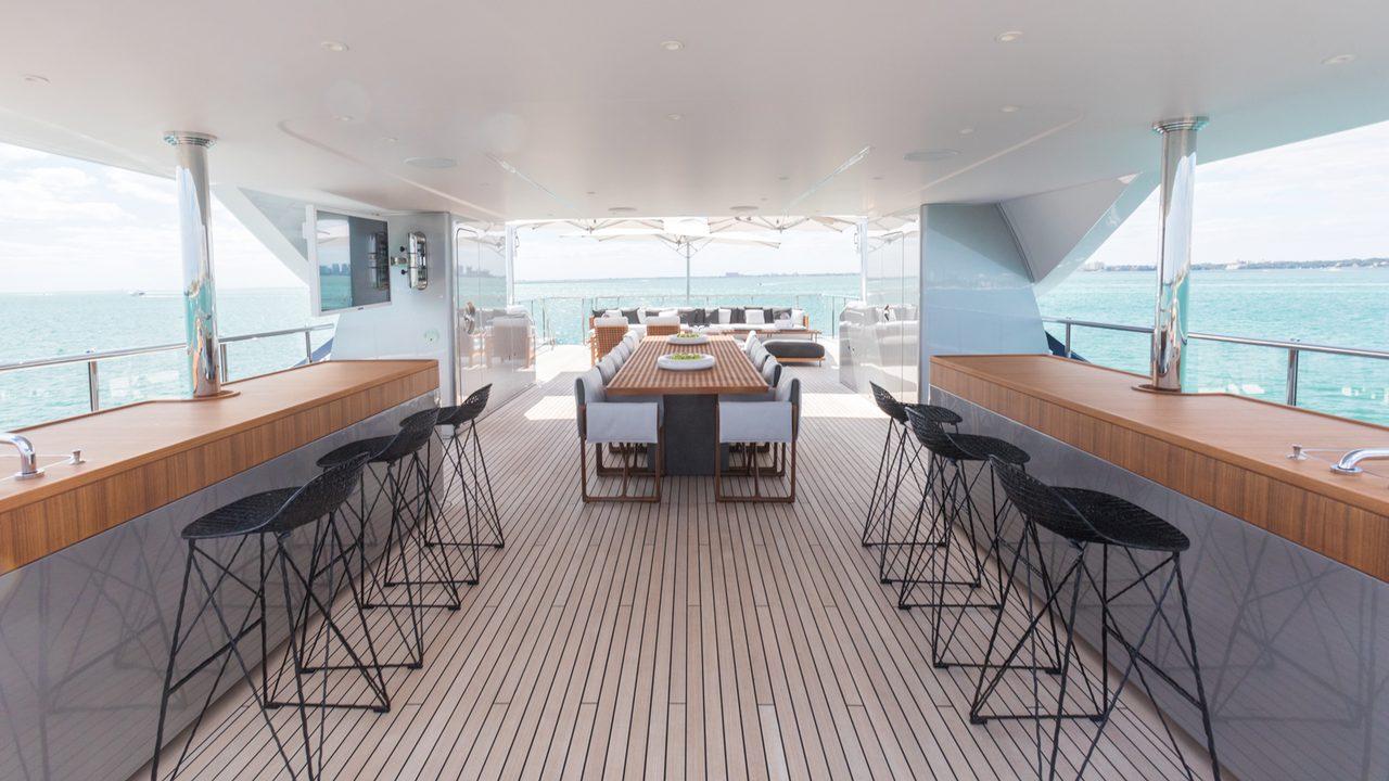 superiate bacchanal benetti yachts - boat shopping