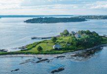 House Island ilha dos superiates - boat shopping