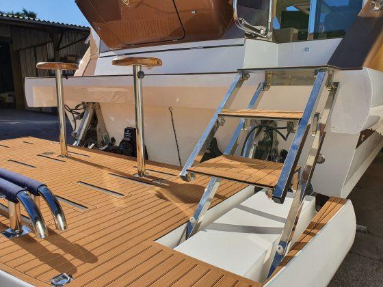 Triton 470 HT - Plataforma submergível - Foto Divulgação Triton Yachts (18) - boat shopping