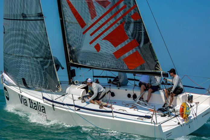 Kaikias Via Itália (Aline Bassi Balaio de Ideias) classe c30 - boat shopping