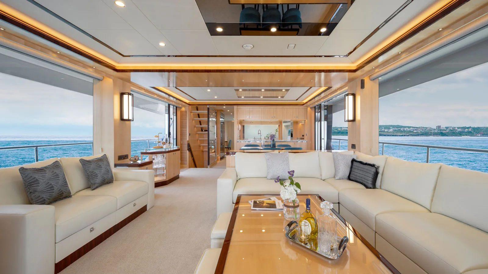 Horizon FD90 Custom - boat shopping