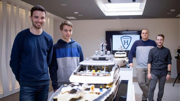 Heesen superiate cosmo em lego - boat shopping